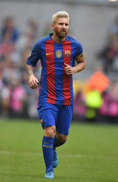 Lionel Messi of Barcelona during the International Champions Cup series match between Barcelona and Celtic at Aviva Stadium on July 30, 2016 in Dublin, Ireland.