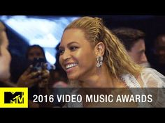 Beyoncé Photobombs Chance the Rapper Backstage | 2016 Video Music Awards | MTV…