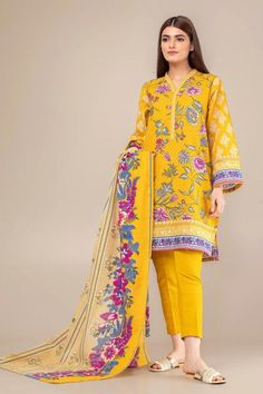Khaadi Yellow Winter Collection 2018 Whatsapp: 00923452355358 Website: www. Stylish Dress Designs, Stylish Dresses, Casual Dresses, Winter Dresses, Simple Dresses, Pakistani Dresses Casual, Pakistani Dress Design, Dress Shirts For Women, Clothes For Women