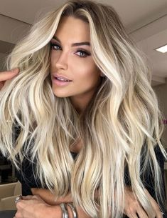 White Blonde Hair, Blonde Hair Shades, Blonde Hair Looks, Silver Blonde, Pearl Blonde, Bright Blonde Hair, Icy Blonde, Cool Blonde Balayage, Blond Hair Colors