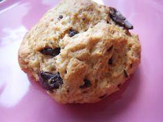 Mit Zucker, Salz & Bauchgefühl: Quark-Öl-Teig Brötchen mit dunklen Schokostückchen