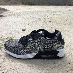 #Nike Airmax 90 Size 37-40 Price IDR300.000  Order : http://ift.tt/1LHdXsS  #Onlineshop #ootd #sneakerhead #instadaily #instanusantara #sepatu #jualan #welcomereseller #trustedolshop #indonesia #fashionista #lifestyle #shopping #shoutout #sale #selfie #1 #style #swag #supplier #firsthand #asian