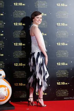 'Star Wars: The Force Awakens' Red Carpet Fan Event in Japan - Daisy Ridley (Star Wars)