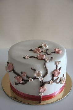 blooming flowers cake by Lume Brando by Lume Brando, via Flickr