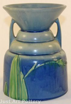 Roseville Pottery Futura Spittoon Vase from Just Art Pottery click the image or link for more info. Ceramic Mugs, Ceramic Pottery, Pottery Art, Ceramic Art, Modern Ceramics, Contemporary Ceramics, White Ceramics, Vintage Pottery, Vintage Ceramic
