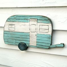 retro camper. so adorable. my dad is going to cut one like this out for me...he just doesn't know it yet...