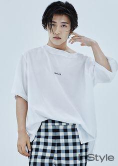 Actor Kang Ha Neul revealed his stylish, new hairdo in 'InStyle' magazine! - Actor Kang Ha Neul revealed his stylish, new hairdo in 'InStyle' magazine! Cute Asian Guys, Asian Boys, Asian Actors, Korean Actors, Korean Actresses, Korean Celebrities, Celebs, Kang Haneul, Song Joong