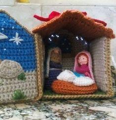 Risultati immagini per pesebres crochet Crochet Christmas Ornaments, Christmas Crochet Patterns, Holiday Crochet, Christmas Booth, Christmas Nativity, Xmas, Crochet Angels, Crochet Bows, Knitted Dolls