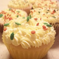 Vanilla cupcakes with Christmas sprinkles by @Khandra Henderson Henderson :) @Wilton Cake Decorating Cake Decorating