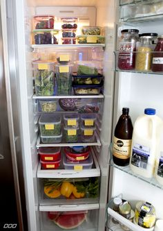 Lorna Jane takes us inside her home and through what you will always find in her fridge to keep her feeling and performing at her absolute best! Freezer Organization, Container Organization, Organizing, Healthy Fridge, Healthy Life, Cool Kitchen Gadgets, Cool Kitchens, Health And Wellbeing, Food Preparation