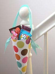 Polka Dot Party Favor Cones