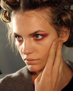 Explore my Fashion Today: Backstage Beauty: Fall 2011 Nail Trends from Fashion Week