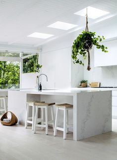 House of Home   Lana's Forever Home - House Six > Caesarstone
