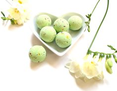 Summer Garden Party Petite Bath Bombs  Box of 6 by BahariBlossom, £6.50