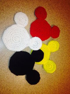 Set of 4 Mickey Mouse Icon Crochet Coasters by MainStreetMania, $7.95 Mickey Mouse Backpack, Mickey Mouse Art, Disney Mickey, Crochet Baby, Knit Crochet, Crochet Things, Crochet Projects, Disneyland, Cooking