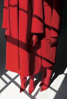 WOMEN IN RED | TWIN MAGAZINE — Patternity