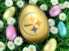 steeler egg , mike n shAron this ones for you! Steelers Images, Steelers Pics, Pittsburgh Steelers Logo, Here We Go Steelers, Steelers Football, Pittsburgh Penguins, Steeler Nation, Gifts For Photographers, Simple Bags