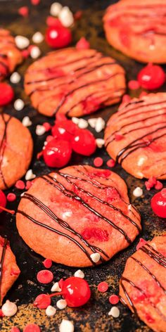 Cherry Garcia Cookies Perfect Chocolate Chip Cookies, Easy Homemade Recipes, Cookie Tray, Almond, Cherry, Baking, Ethnic Recipes, Desserts, Food