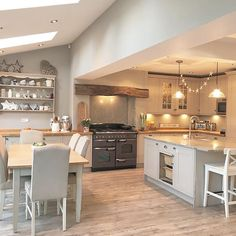 Happy Wednesday lovelies Happy March I am loving these lighter evenings homedecor homestyle home kitchen Kitchen Family Rooms, Living Room Kitchen, Home Decor Kitchen, Interior Design Kitchen, Home Kitchens, Kitchen Ideas, Barn Kitchen, Cottage Living Rooms, Cottage Kitchens