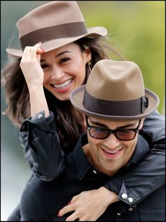 Oh he is SO very gorgeous!!!!!   Jesse Metcalfe & Cara Santana