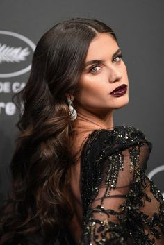 Sara Sampaio looked stunning with oxblood lipstick at Chopard dinner during the 2017 Cannes Film Festival, May 2017.