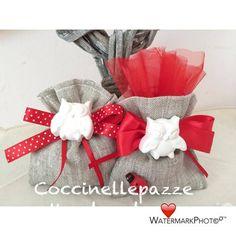 gessetti laurea - Cerca con Google Laura Lee, Knitting Patterns, Sewing Patterns, Favor Bags, Potpourri, Hand Stitching, Confetti, Crochet Baby, Congratulations