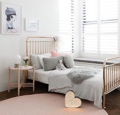 A pretty little girl's room - Is To Me