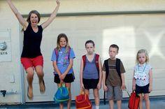 back. to. school!!!! Back To School Funny, Back To School Pictures, Funny Pictures For Kids, School Photos, Funny Kids, Funny Photos, Sports Pictures, Funny Babies, Back To School Lustig