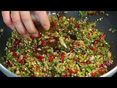 Korean Side Dishes, Vegetable Seasoning, Korean Food, Food Plating, Herbal Remedies, Asian Recipes, Herbalism, Food And Drink, Pork