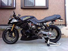 Visit several of my well liked builds - custom scrambler concepts like Suzuki Bikes, Suzuki Motorcycle, Honda Motorcycles, Motorcycle Design, Custom Motorcycles, Custom Bikes, Motorcycle Paint, Harley Davidson Scrambler, Moto Car