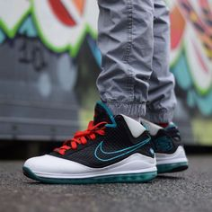 9be39f331552 Nike Air Max LeBron 7