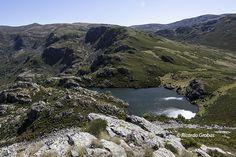 Ruta a la laguna de A Serpe, lugar encantado en el Macizo de Trevinca | Vivir Galicia