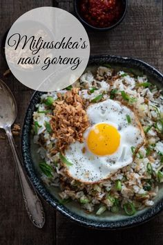 Nasi Goreng, Good Food, Yummy Food, Tasty, Healthy Cooking, Healthy Recipes, Indonesian Food, Easy Weeknight Meals, No Cook Meals