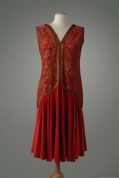 Dress ca. 1927 via The Meadow Brook Hall Historic Costume Collection