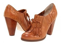 Seychelles Clue Oxford Heels in Whiskey from Anthropologie