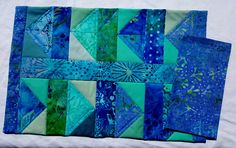 Quilted Place-Mats and Napkins - Flying Geese Family Crafts, Flying Geese, Place Mats, Napkins, Table Settings, Quilting, Fun, Color, Dinner Napkins