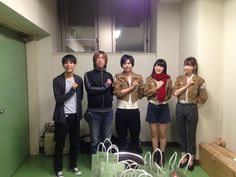 """Hajime Isayama, Tetsuro Araki, Yuki Kaji, Yui Ishikawa, and Marina Inoue after the showing of """"Attack on Titan"""" Episode 25 in theaters."""