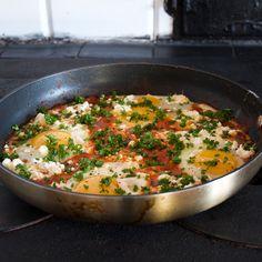 Shakshuka - Recept på äggrätt från Tunisien - Johans mat Brunch, Ethnic Recipes, Food, Essen, Yemek, Meals, Brunch Party