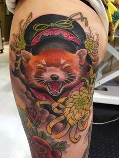 Red panda geisha by Jee Sayalero Body Tattoos, I Tattoo, Skin Candy, Tattoo Themes, Tattoo Ideas, Tatoo Designs, Asian Tattoos, Cool Tats, Irezumi