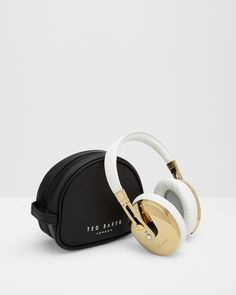 f71d3fdf6f35 Over ear headphones - White
