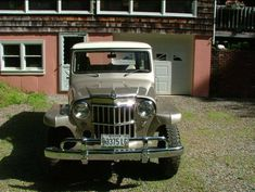 Willys Utility Wagon Front