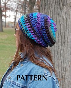 This is the pattern ONLY, not the actual crocheted hat. This is my simple slouchy beanie. A great pattern for beginning crocheters who are Slouchy Beanie Pattern, Crochet Slouchy Beanie, Knitted Hats, Slouch Beanie, Crochet Bebe, Crochet Motif, Knit Crochet, Simple Crochet, Crochet Crafts
