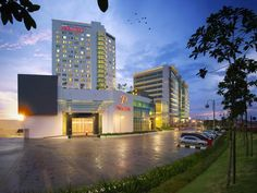 Klang Premiere Hotel Malaysia, Asia Premiere Hotel is conveniently located in the popular Bukit Tinggi area. The property features a wide range of facilities to make your stay a pleasant experience. Free Wi-Fi in all rooms, 24-hour front desk, 24-hour room service, facilities for disabled guests, express check-in/check-out are there for guest's enjoyment. Guestrooms are designed to provide an optimal level of comfort with welcoming decor and some offering convenient amenities ...