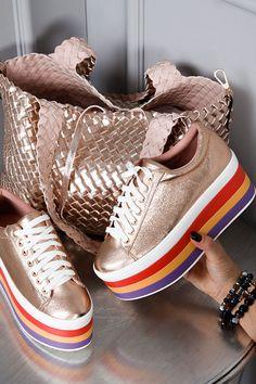 Najlepsze obrazy na tablicy Our shoes (22) | Obuwie, Buty i
