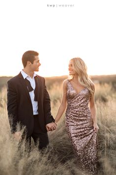 Glam engagement session at Bella Collina in Orlando Florida by Kristen Weaver Photography Formal Engagement Photos, Engagement Photo Outfits, Engagement Pictures, Country Engagement, Fall Engagement, Couple Photography Poses, Engagement Photography, Wedding Photography, Engagement Session