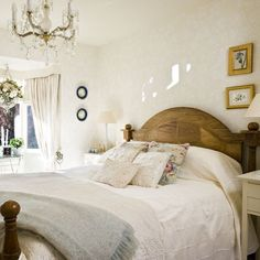 Traditional bedroom pictures and photos for your next decorating project. Find inspiration from of beautiful living room images Tranquil Bedroom, Romantic Master Bedroom, Master Bedroom Design, Home Bedroom, Bedroom Ideas, 1930s Bedroom, Bedroom Furniture, Pretty Bedroom, Master Bedrooms