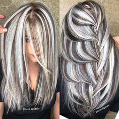 Pin on Pelo con mechas Pin on Pelo con mechas Perfect Hair Color, Hair Color And Cut, Cool Hair Color, Medium Hair Styles, Curly Hair Styles, Gray Hair Highlights, Chunky Highlights, Hair Transformation, Great Hair