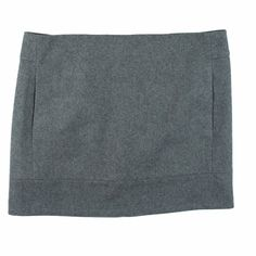 """J.Crew Gray Double Serge Wool Mini Skirt Absolutely excellent condition! This gray double serge wool mini from JCrew Factory features on seam pockets, a back center zip closure and is fully lined. Made of a wool blend. Measures: Waist: 32"""", Hips: 39"""", Total Length: 15.5"""" J. Crew Skirts Mini"""