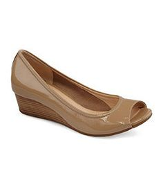 Womens Shoes, Mens Shoes & Kids Shoes | Dillards.com