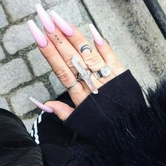 Claws . Killer combo with our XL Clear Crystal Quartz ring  and bubble gum pink nails, snapped by stylish mega babe @billytilly  #claws #nails #nailinspo #instanails #fingertattoo #inked #moontattoo #crescentmoon #billytilly #crystals #crystalquartz #quartz #quartzring #goodvibes